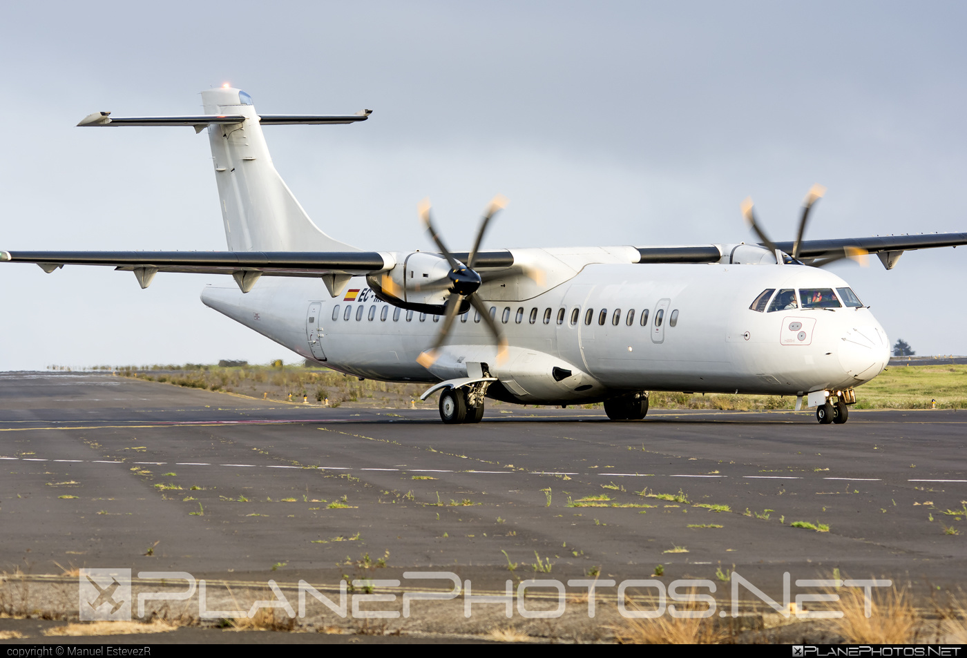 ATR 72-212A - EC-MIY operated by Swiftair #atr