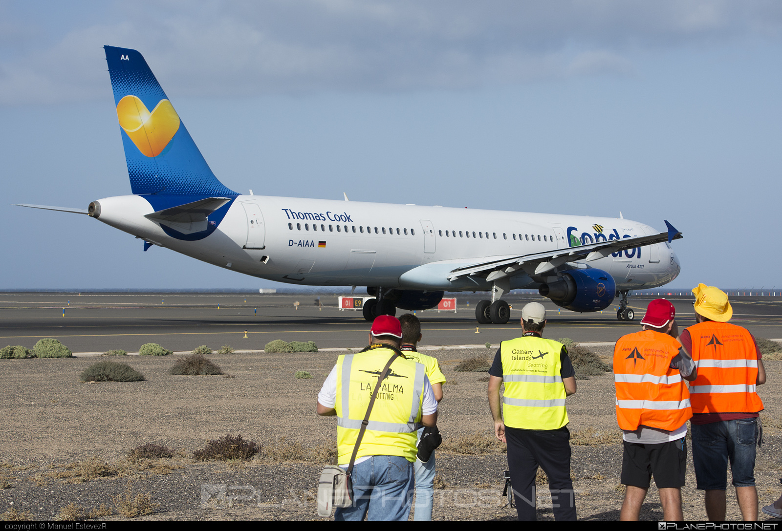 Airbus A321-211 - D-AIAA operated by Condor #a320family #a321 #airbus #airbus321
