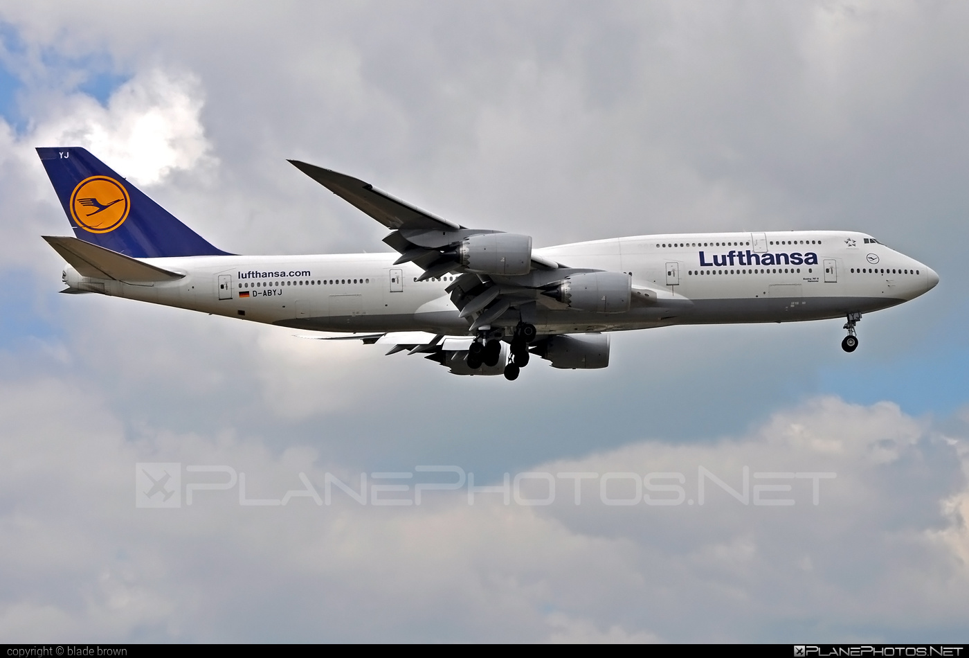Boeing 747-8 - D-ABYJ operated by Lufthansa #b747 #boeing #boeing747 #jumbo #lufthansa