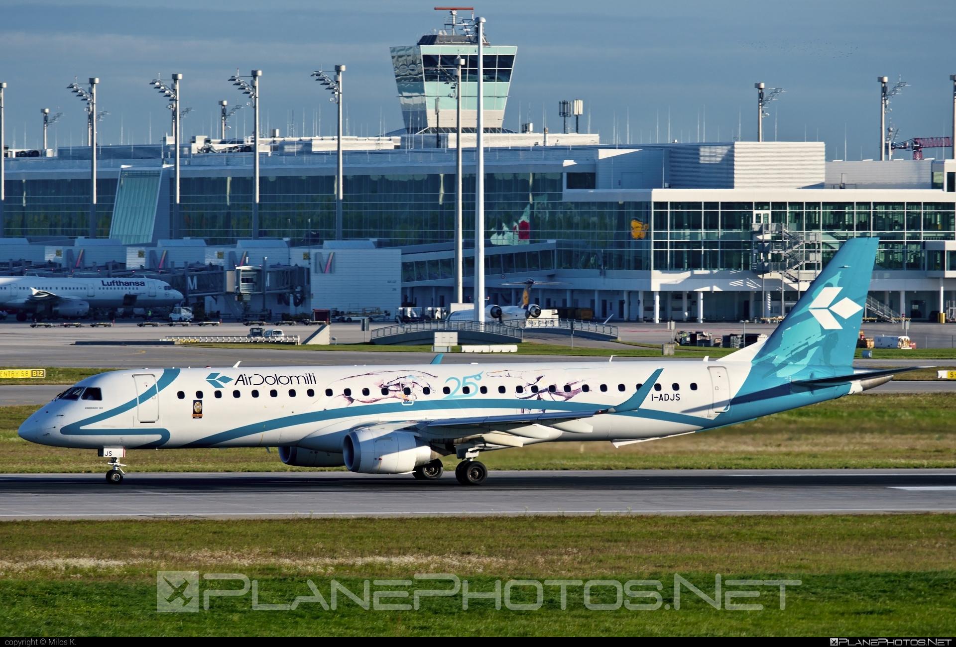 Embraer 190-200LR - I-ADJS operated by Air Dolomiti #airdolomiti #e195 #embraer #embraer195 #embraer195lr