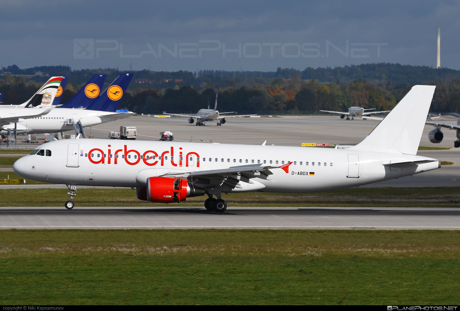 Airbus A320-214 - D-ABDX operated by Air Berlin #a320 #a320family #airberlin #airbus #airbus320