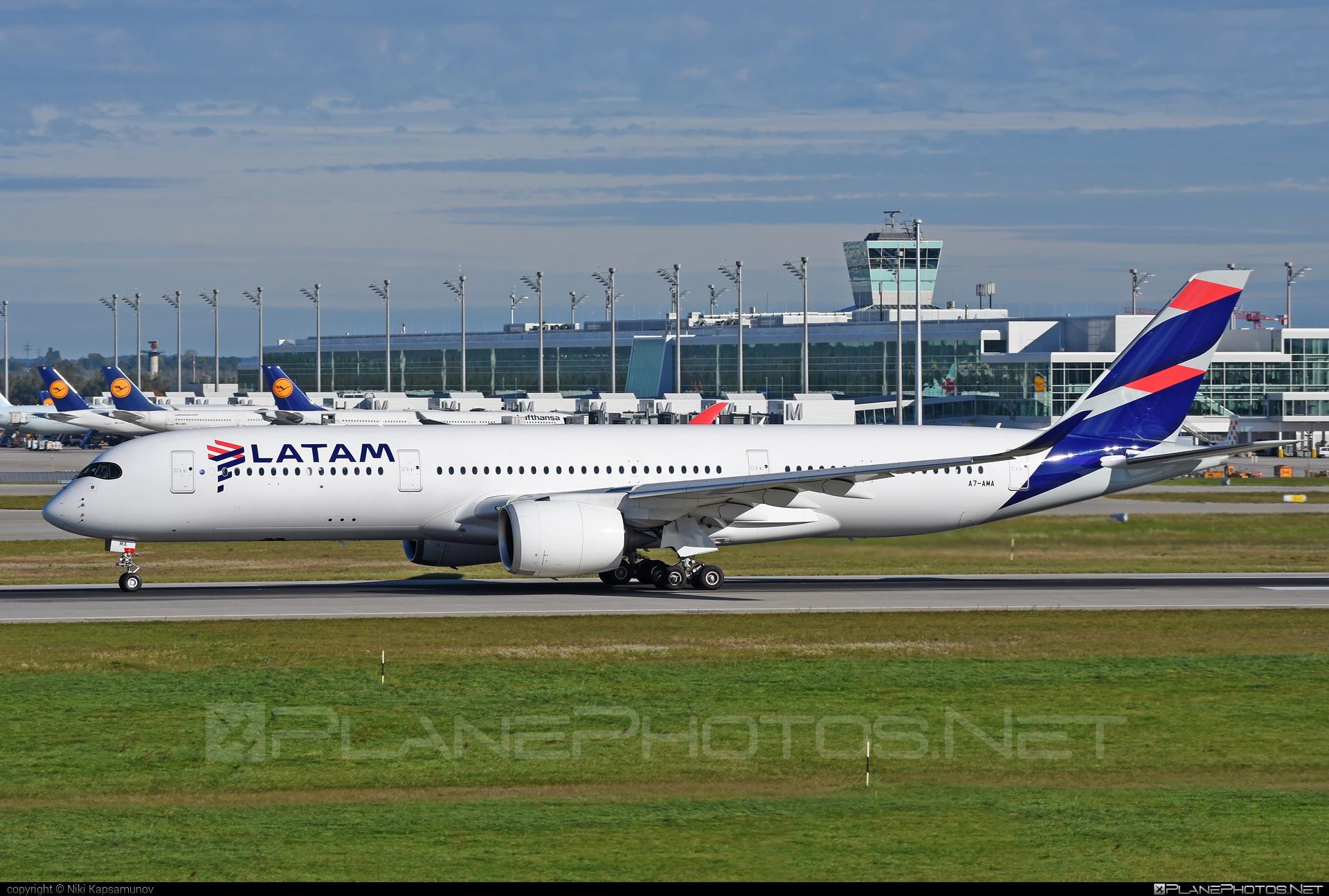 Airbus A350-941 - A7-AMA operated by Qatar Airways #a350 #a350family #airbus #airbus350 #latam #qatarairways #xwb