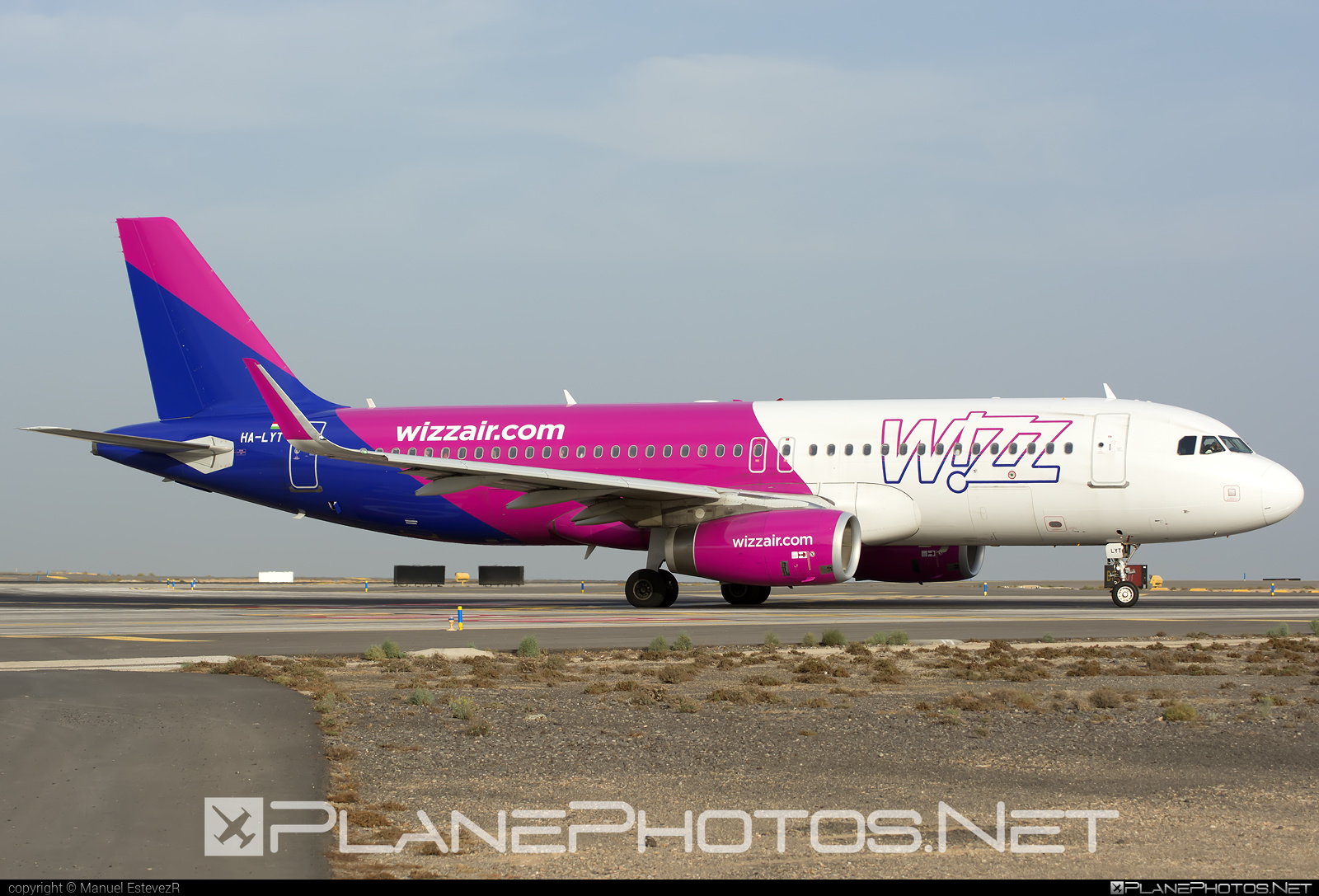 Wizz Air Airbus A320-232 - HA-LYT #a320 #a320family #airbus #airbus320 #wizz #wizzair
