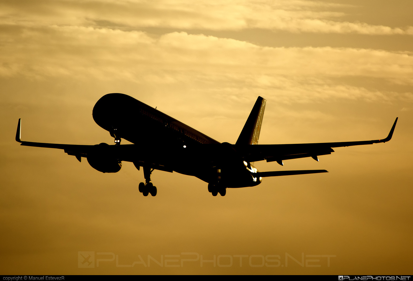 Boeing 757-200 - G-OOBP operated by TUIfly #b757 #boeing #boeing757 #tui #tuifly