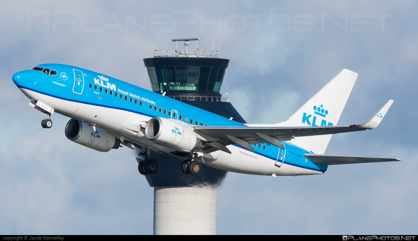 Boeing 737-700 - PH-BGE operated by KLM Royal Dutch Airlines #b737 #b737nextgen #b737ng #boeing #boeing737 #klm #klmroyaldutchairlines #royaldutchairlines