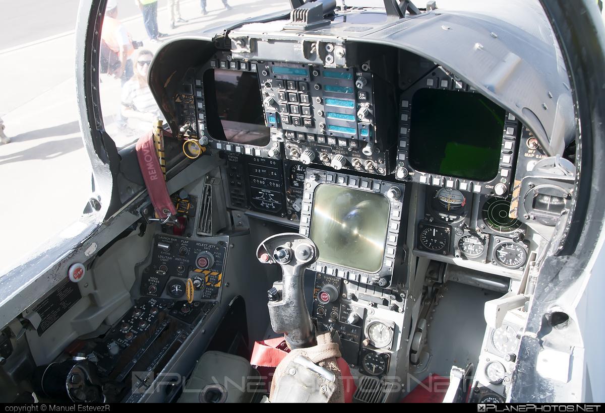 Ejército del Aire (Spanish Air Force) McDonnell Douglas F/A-18+ Hornet - C.15-79 #ejercitodelaire #f18 #f18hornet #fa18 #mcdonnelldouglas #spanishairforce