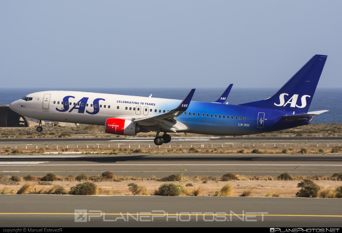 Scandinavian Airlines (SAS) Boeing 737-800 - LN-RGI #b737 #b737nextgen #b737ng #boeing #sas #sasairlines #scandinavianairlines