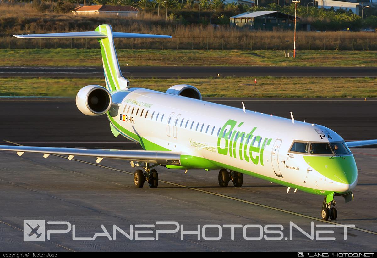 Binter Canarias Bombardier CRJ1000 - EC-MPA #bombardier #crj1000