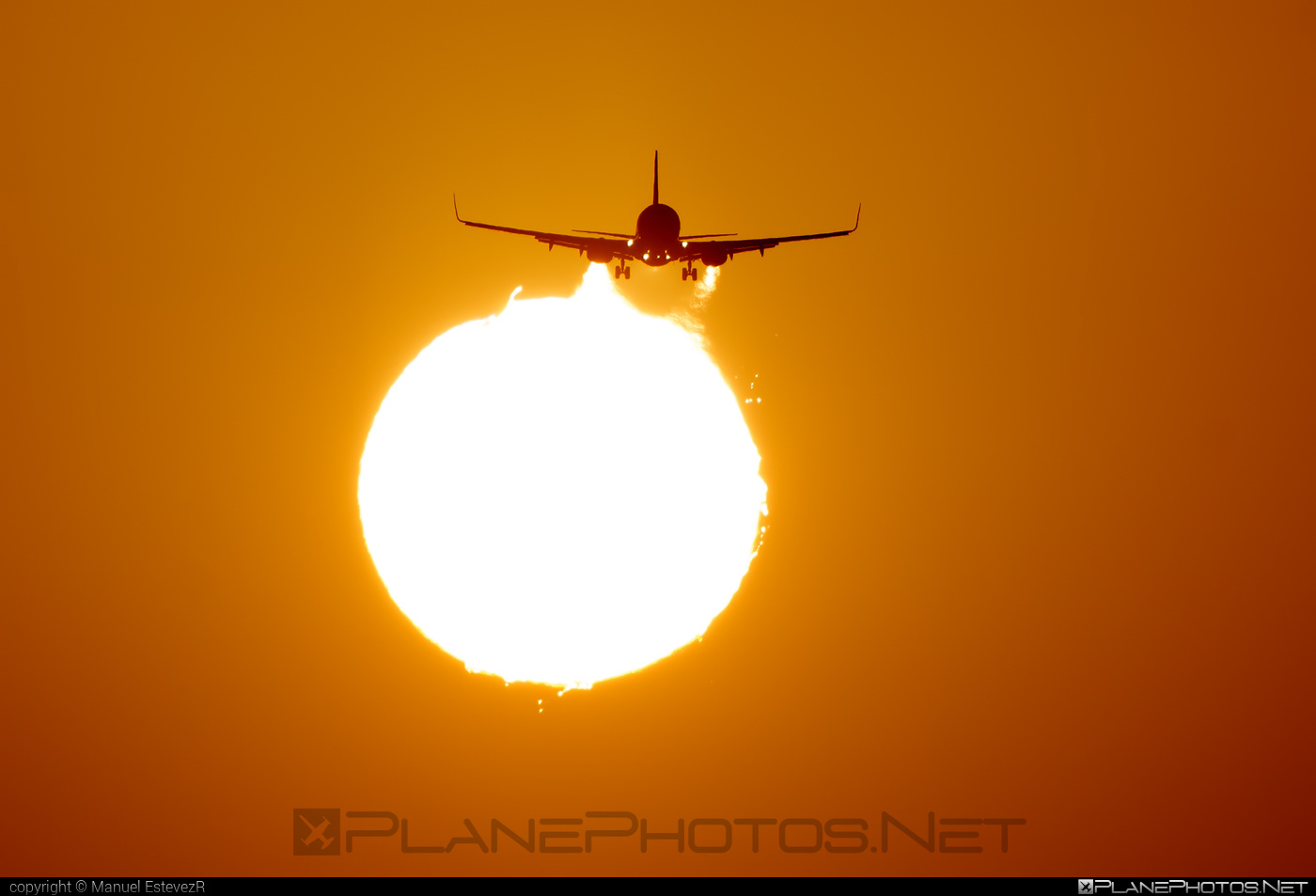 Boeing 737-800 - EI-ENW operated by Ryanair #b737 #b737nextgen #b737ng #boeing #boeing737 #ryanair