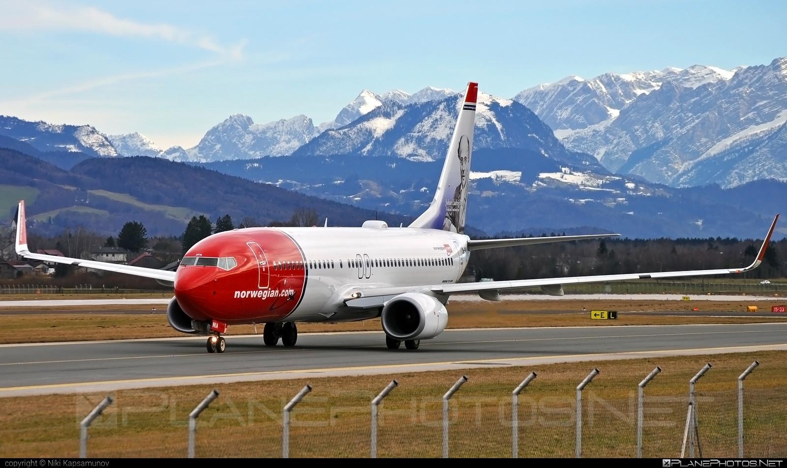 Boeing 737-800 - LN-NIA operated by Norwegian Air Shuttle #b737 #b737nextgen #b737ng #boeing #boeing737 #norwegian #norwegianair #norwegianairshuttle