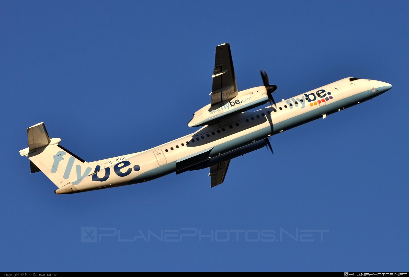 Bombardier DHC-8-Q402 Dash 8 - G-JECO operated by Flybe #bombardier