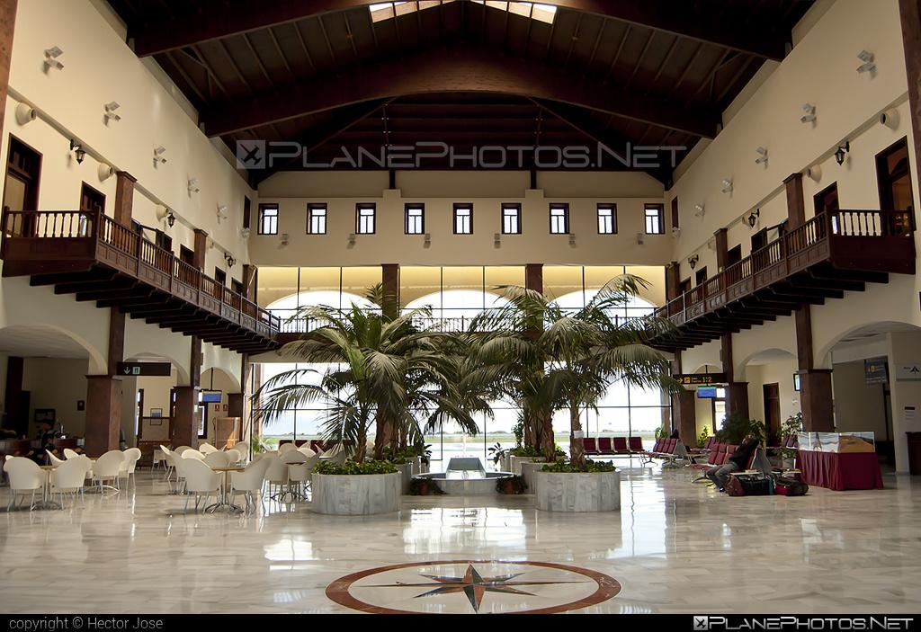 La Gomera airport overview