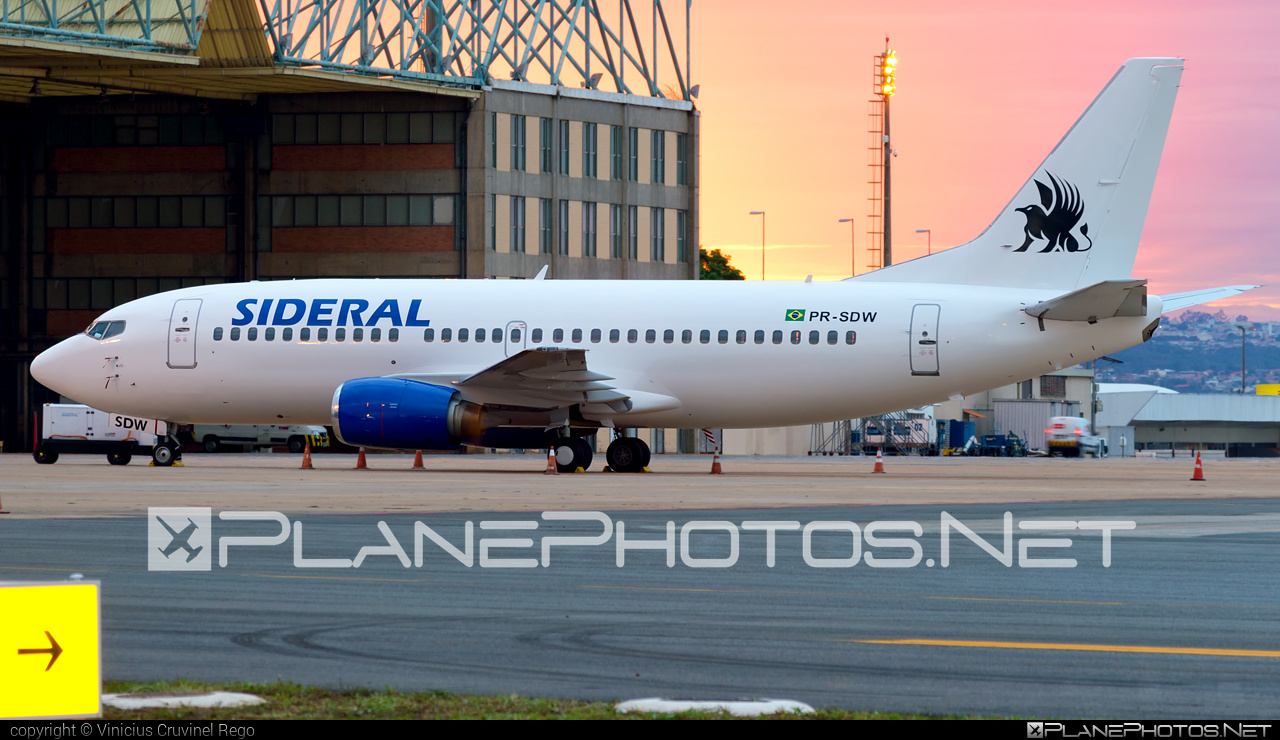 Boeing 737-300 - PR-SDW operated by Sideral Air Cargo #b737 #boeing #boeing737
