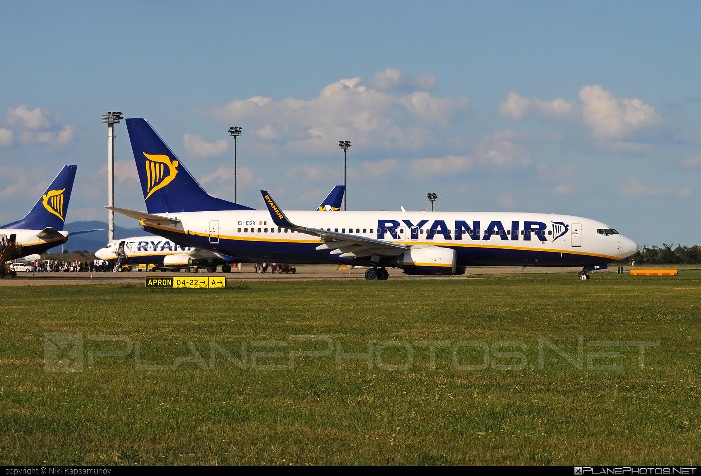 Boeing 737-800 - EI-ESX operated by Ryanair #b737 #b737nextgen #b737ng #boeing #boeing737 #ryanair