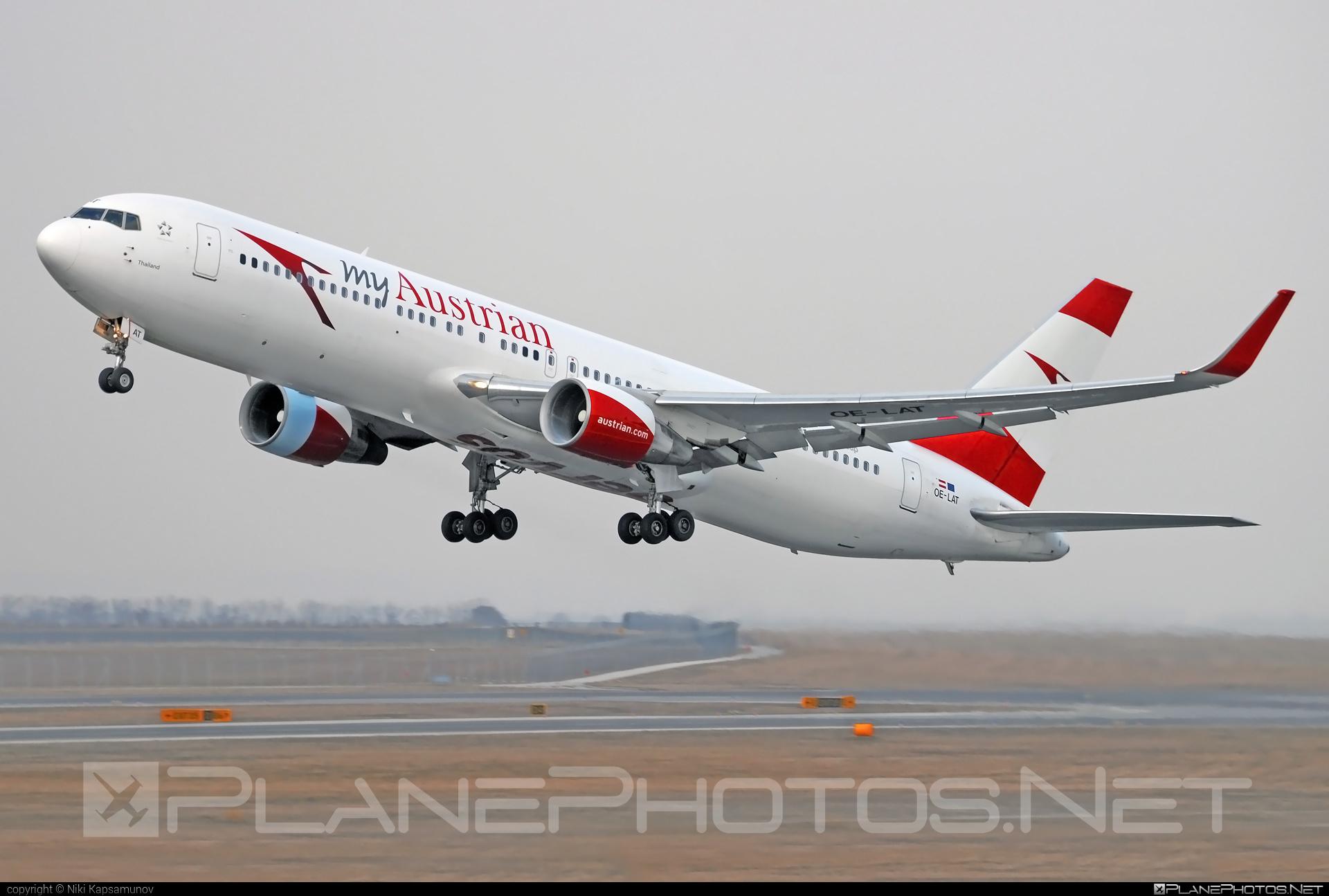 Austrian Airlines Boeing 767-300ER - OE-LAT #b767 #b767er #boeing #boeing767