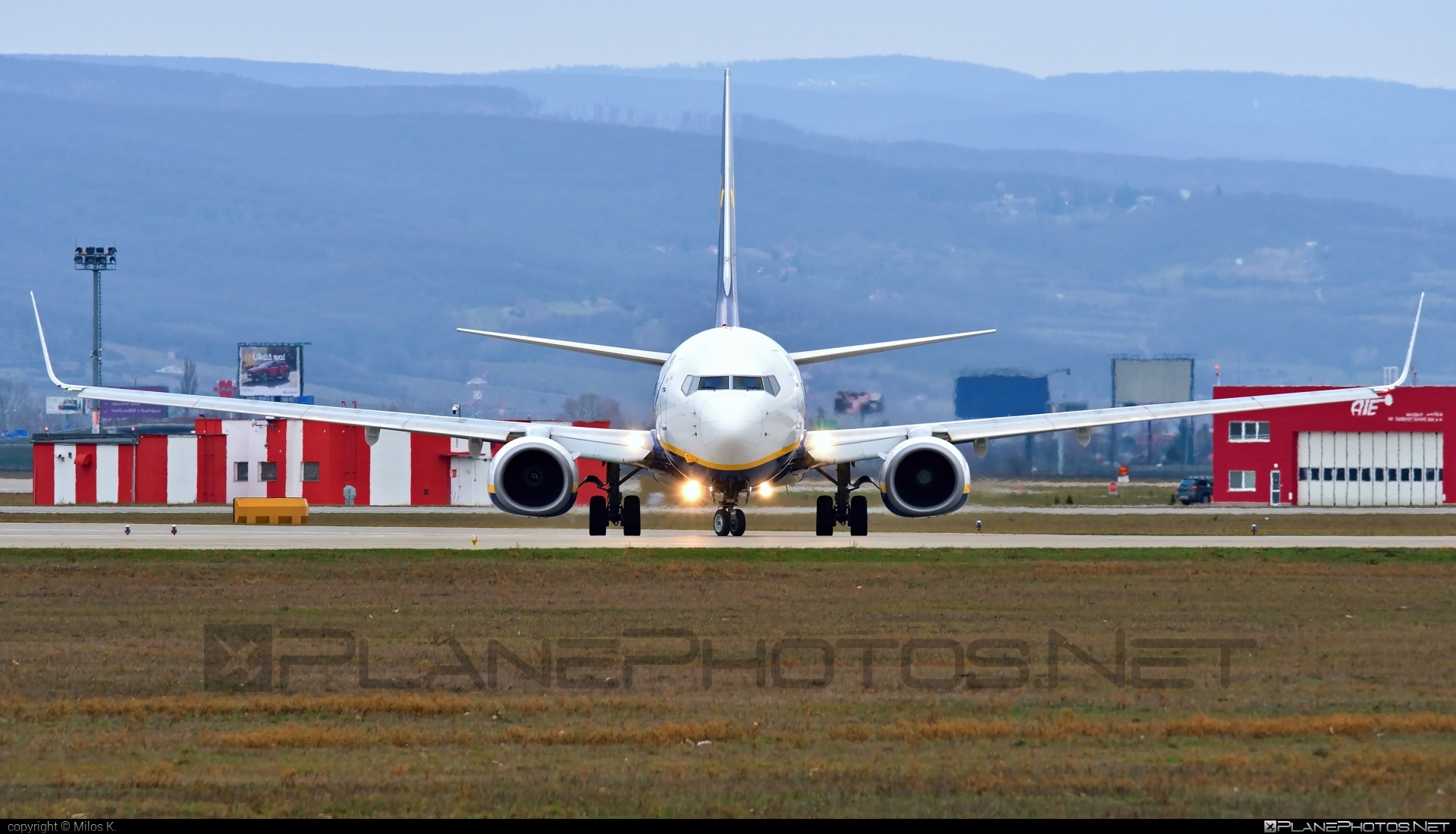 Boeing 737-800 - EI-EML operated by Ryanair #b737 #b737nextgen #b737ng #boeing #boeing737 #ryanair
