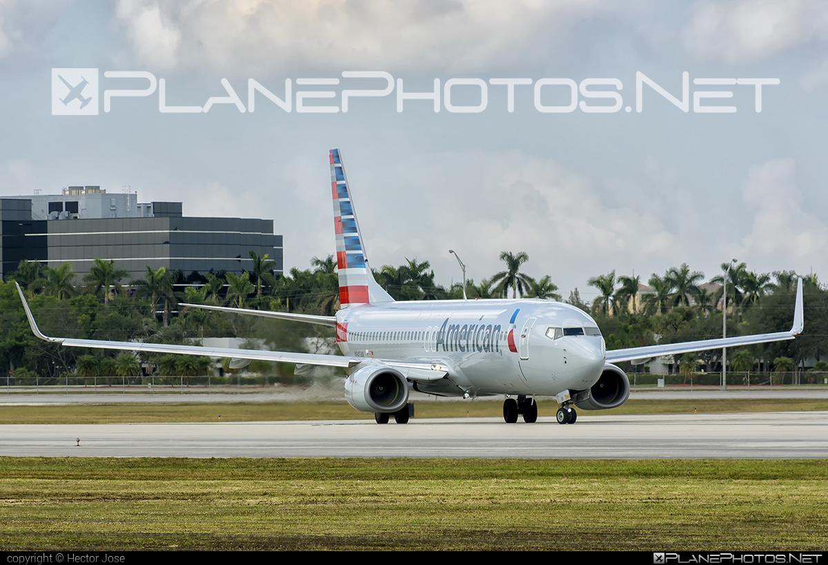 American Airlines Boeing 737-800 - N945AN #americanairlines #b737 #b737nextgen #b737ng #boeing #boeing737