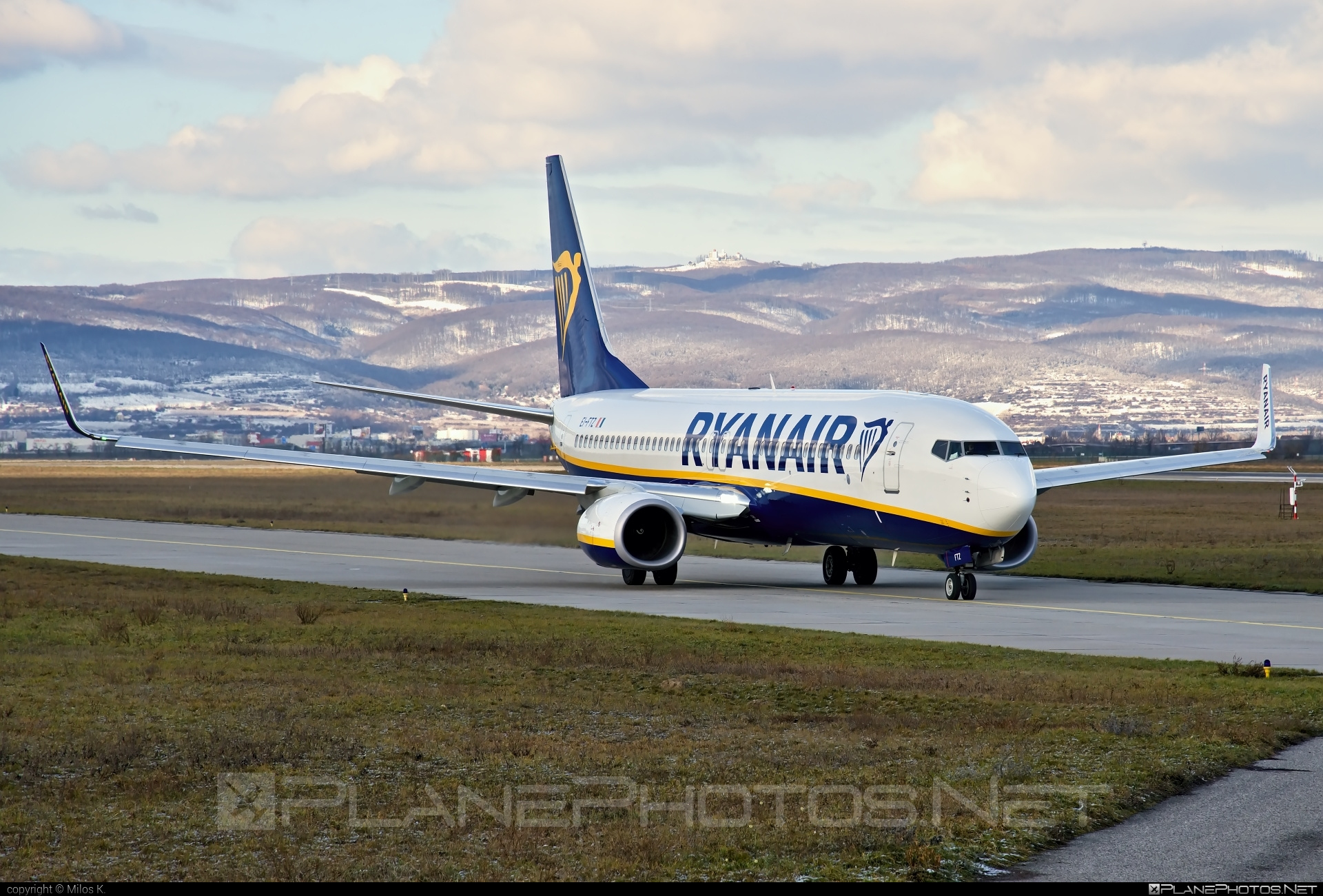 Boeing 737-800 - EI-FTZ operated by Ryanair #b737 #b737nextgen #b737ng #boeing #boeing737 #ryanair