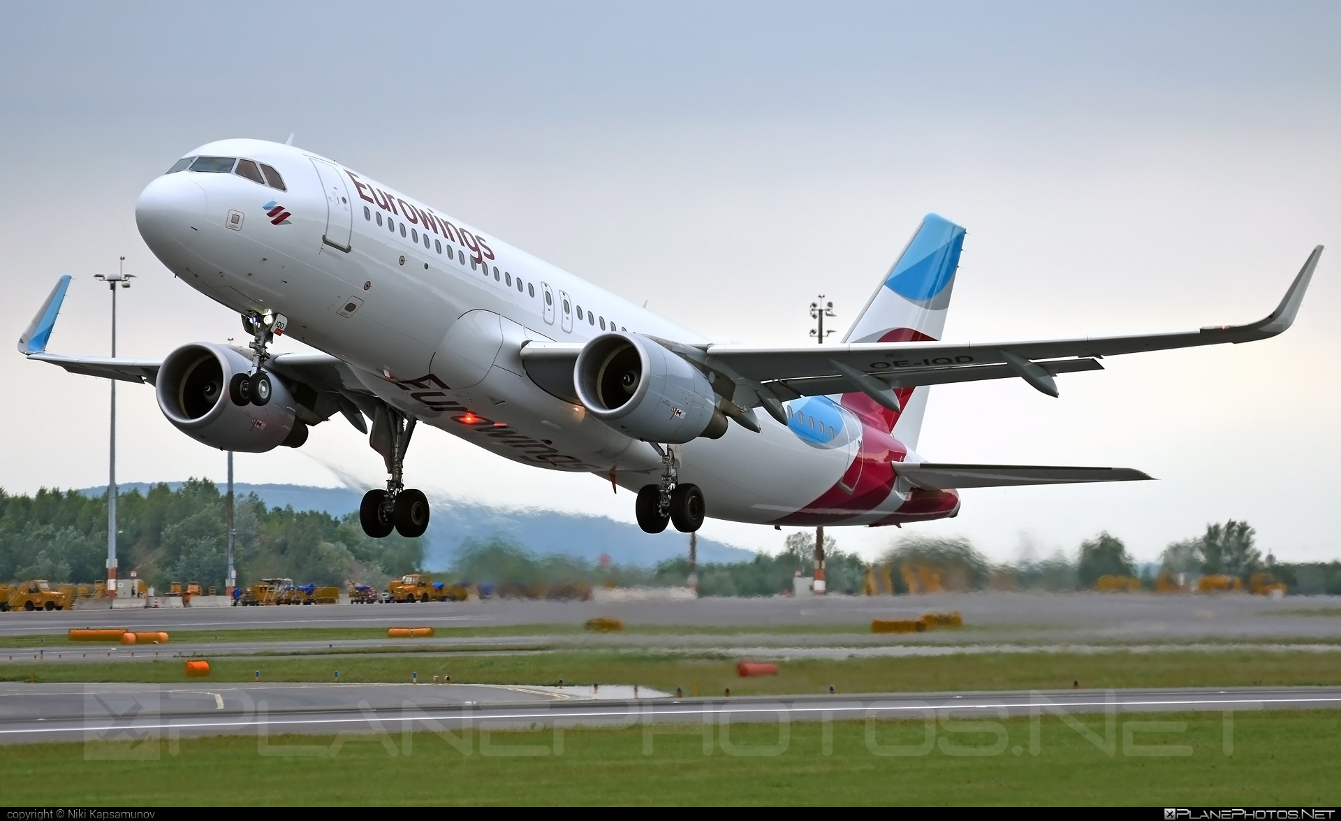 Eurowings Airbus A320-214 - OE-IQD #a320 #a320family #airbus #airbus320 #eurowings