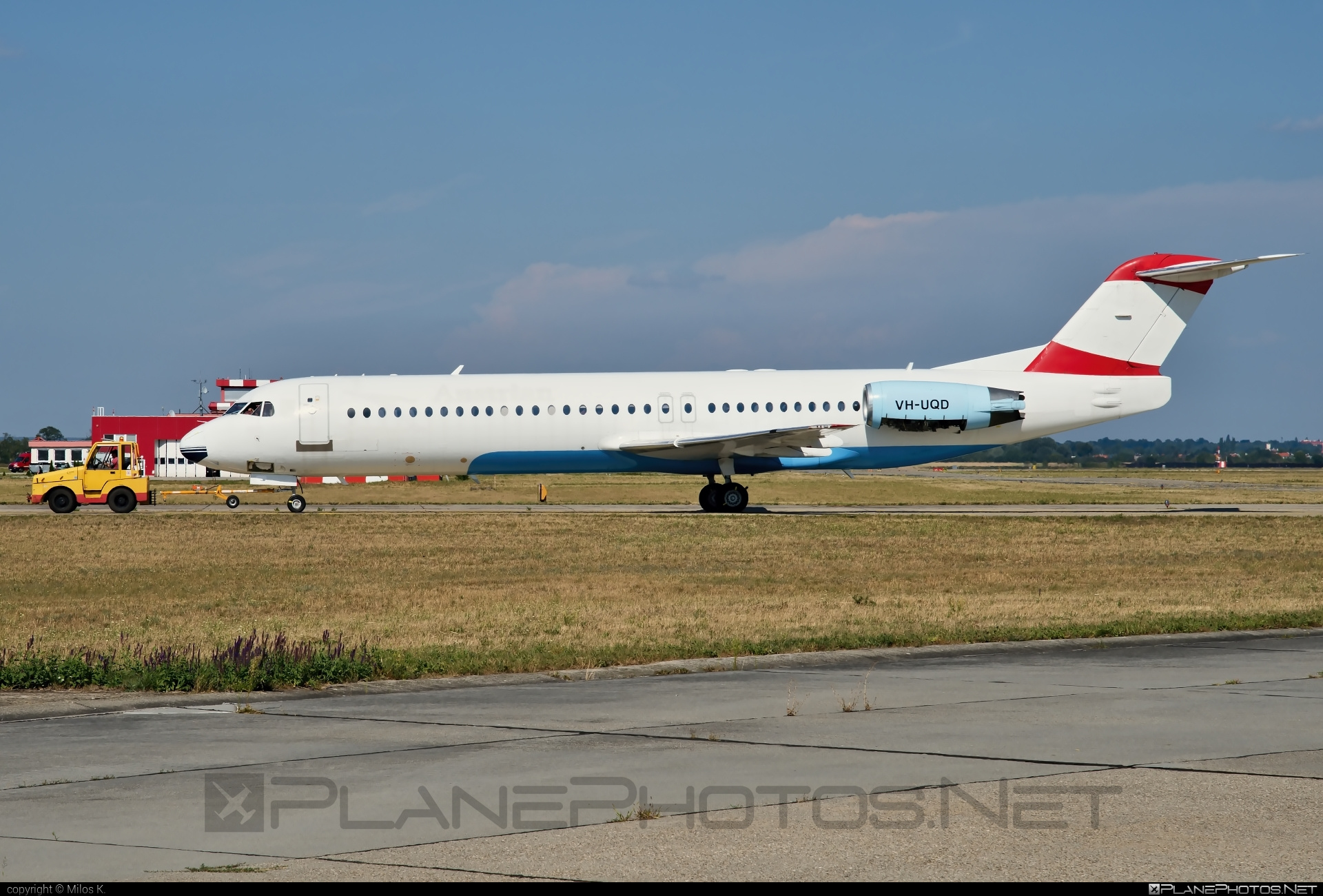 Fokker 100 - VH-UQD operated by Alliance Airlines #fokker
