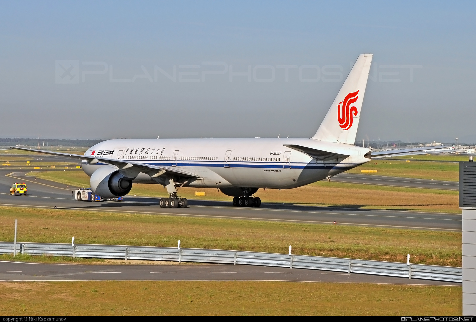Boeing 777-300ER - B-2087 operated by Air China #airchina #b777 #b777er #boeing #boeing777 #tripleseven