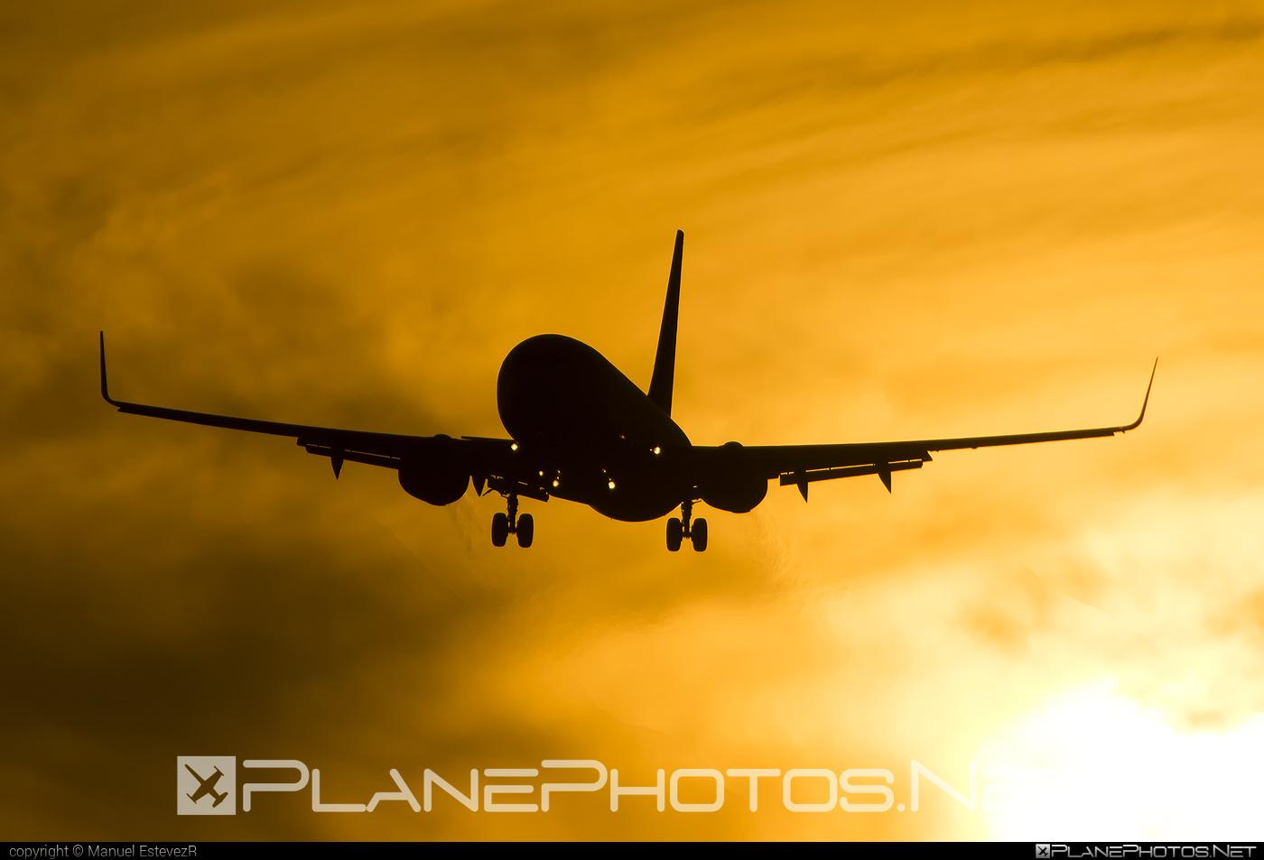 Boeing 737-800 - EI-EMP operated by Ryanair #b737 #b737nextgen #b737ng #boeing #boeing737 #ryanair