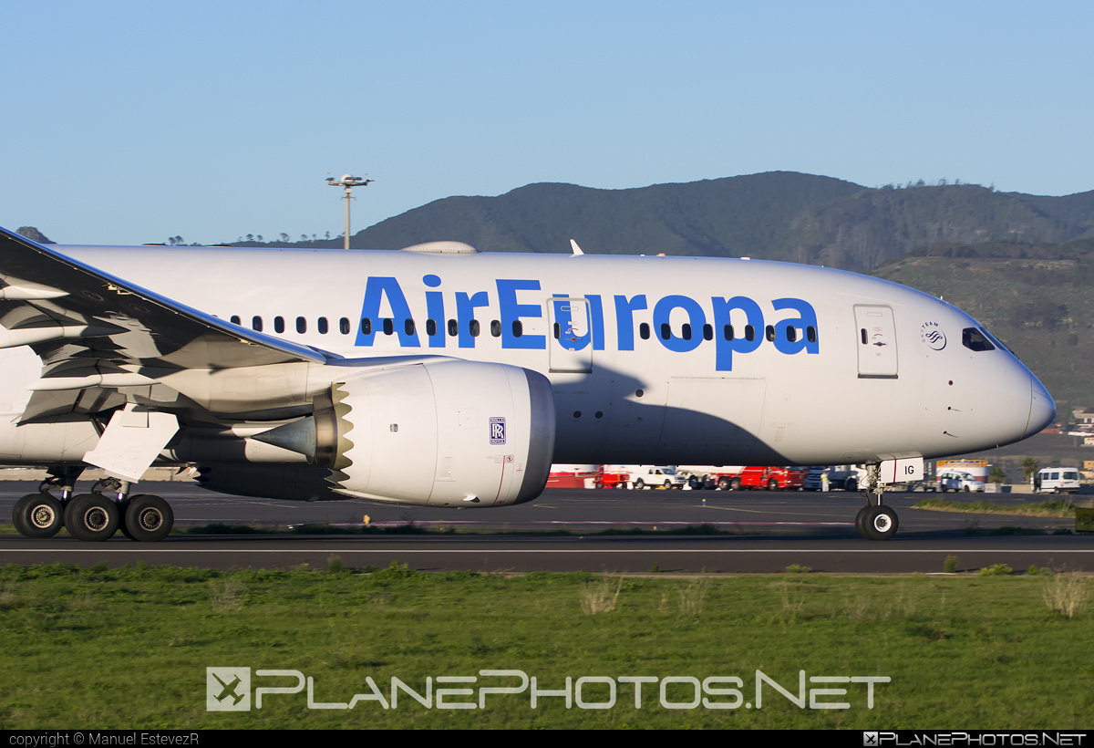 Boeing 787-8 Dreamliner - EC-MIG operated by Air Europa #b787 #boeing #boeing787 #dreamliner