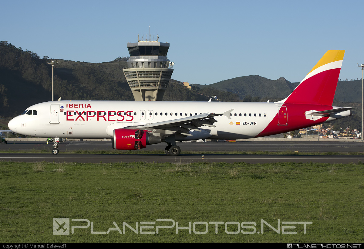 Airbus A320-214 - EC-JFH operated by Iberia Express #a320 #a320family #airbus #airbus320 #iberia #iberiaexpress