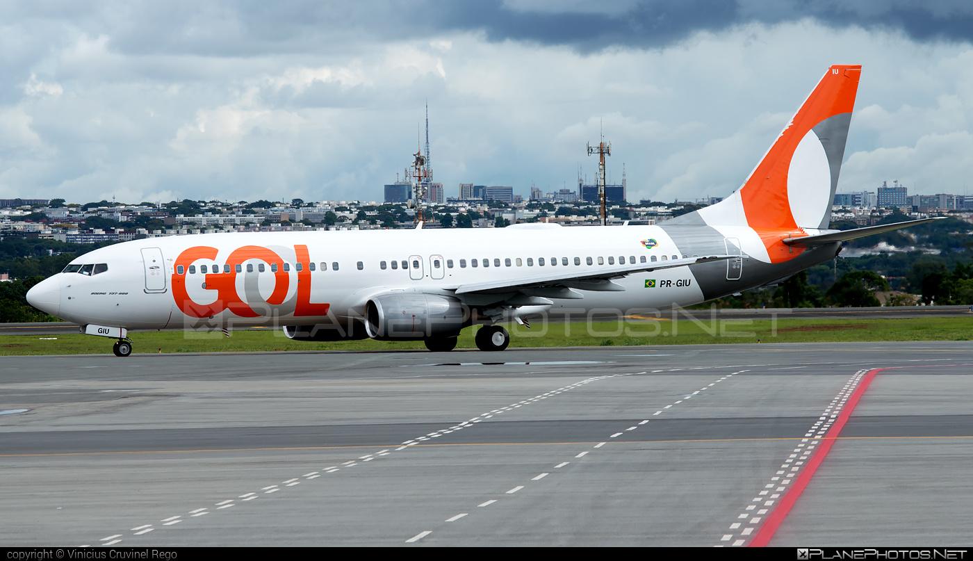 Boeing 737-800 - PR-GIU operated by GOL Linhas Aéreas Inteligentes #b737 #b737nextgen #b737ng #boeing #boeing737
