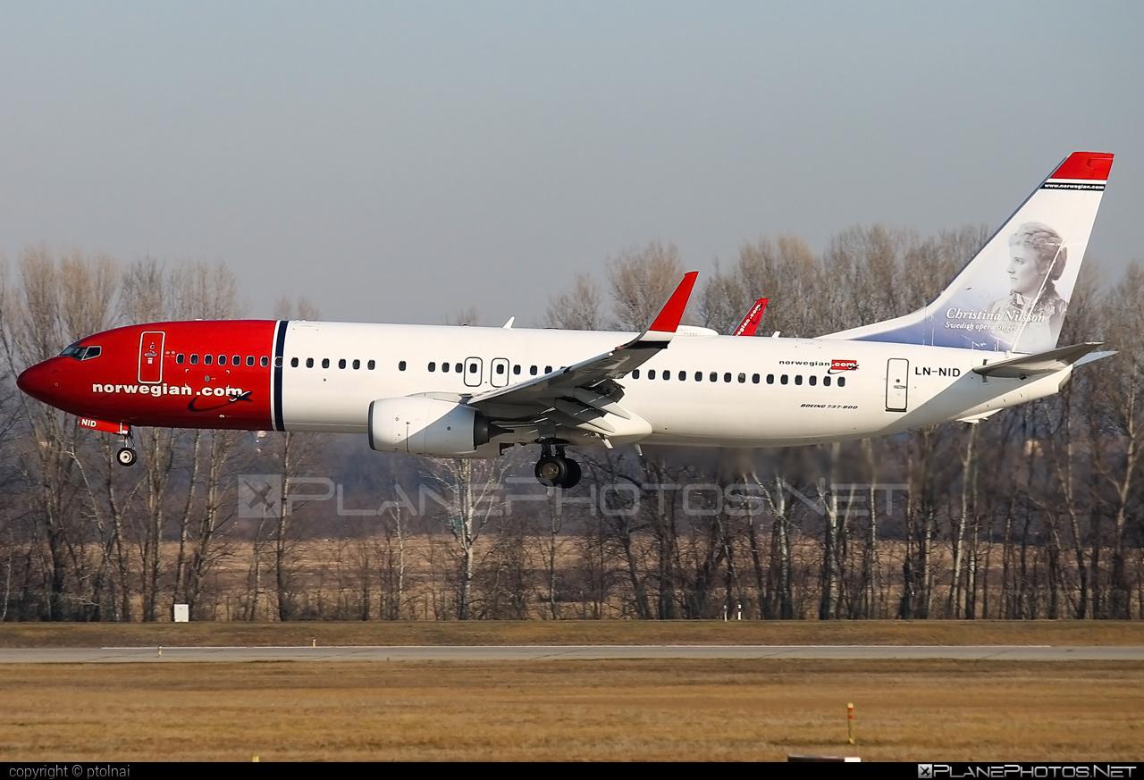 Boeing 737-800 - LN-NID operated by Norwegian Air Shuttle #b737 #b737nextgen #b737ng #boeing #boeing737 #norwegian #norwegianair #norwegianairshuttle