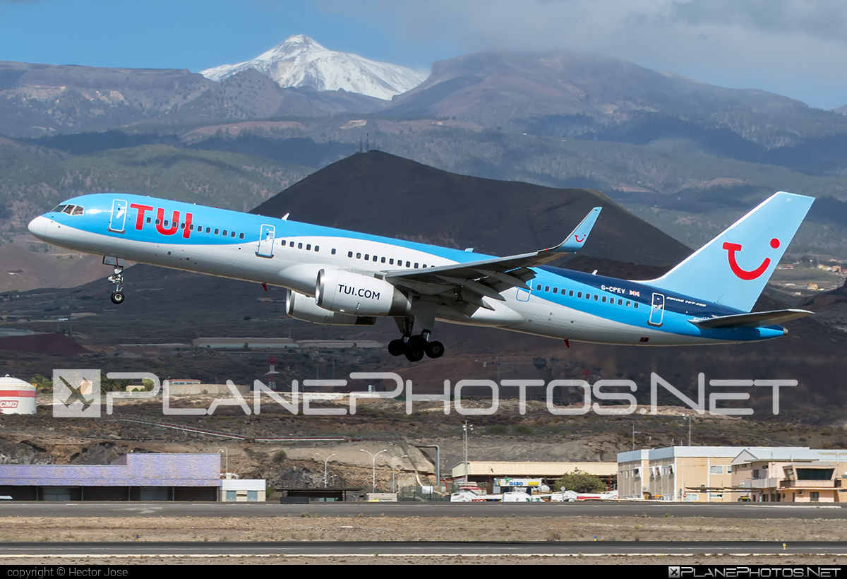 Boeing 757-200 - G-CPEV operated by TUIfly #b757 #boeing #boeing757 #tui #tuifly