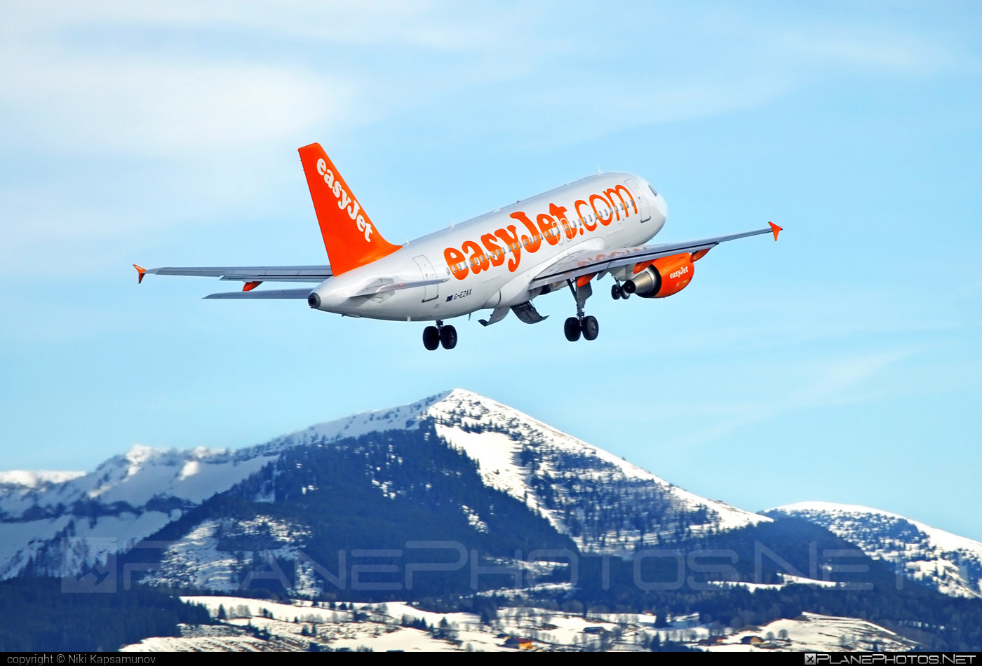 Airbus A319-111 - G-EZAX operated by easyJet #a319 #a320family #airbus #airbus319 #easyjet