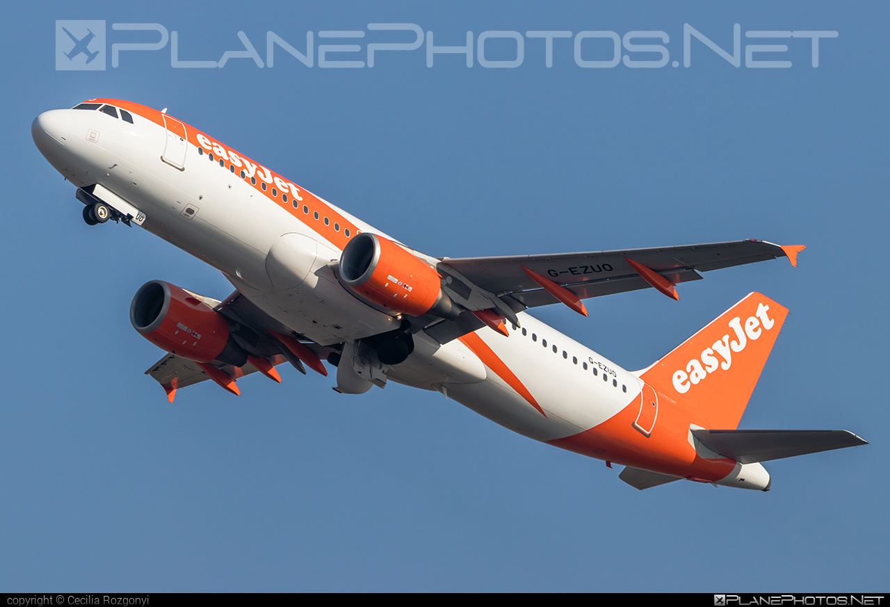 Airbus A320-214 - G-EZUO operated by easyJet #a320 #a320family #airbus #airbus320 #easyjet