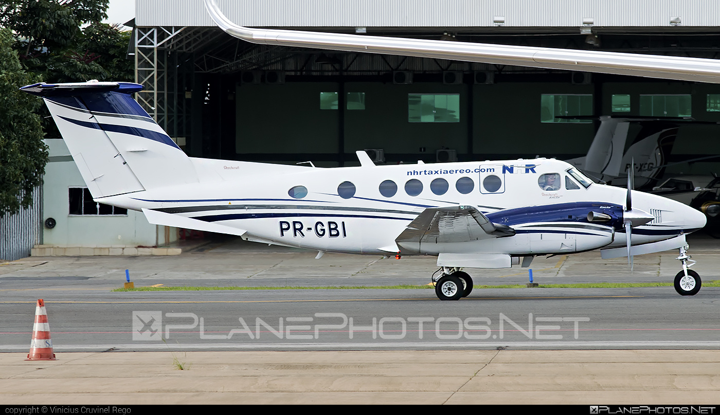 Beechcraft 200 King Air - PR-GBI operated by NHR Taxi Aereo #beechcraft