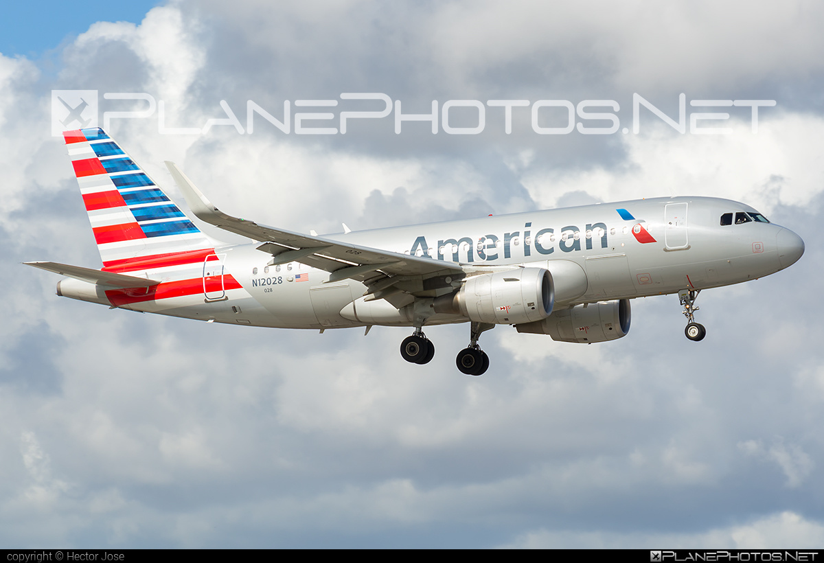 Airbus A319-115 - N12028 operated by American Airlines #a319 #a320family #airbus #airbus319 #americanairlines