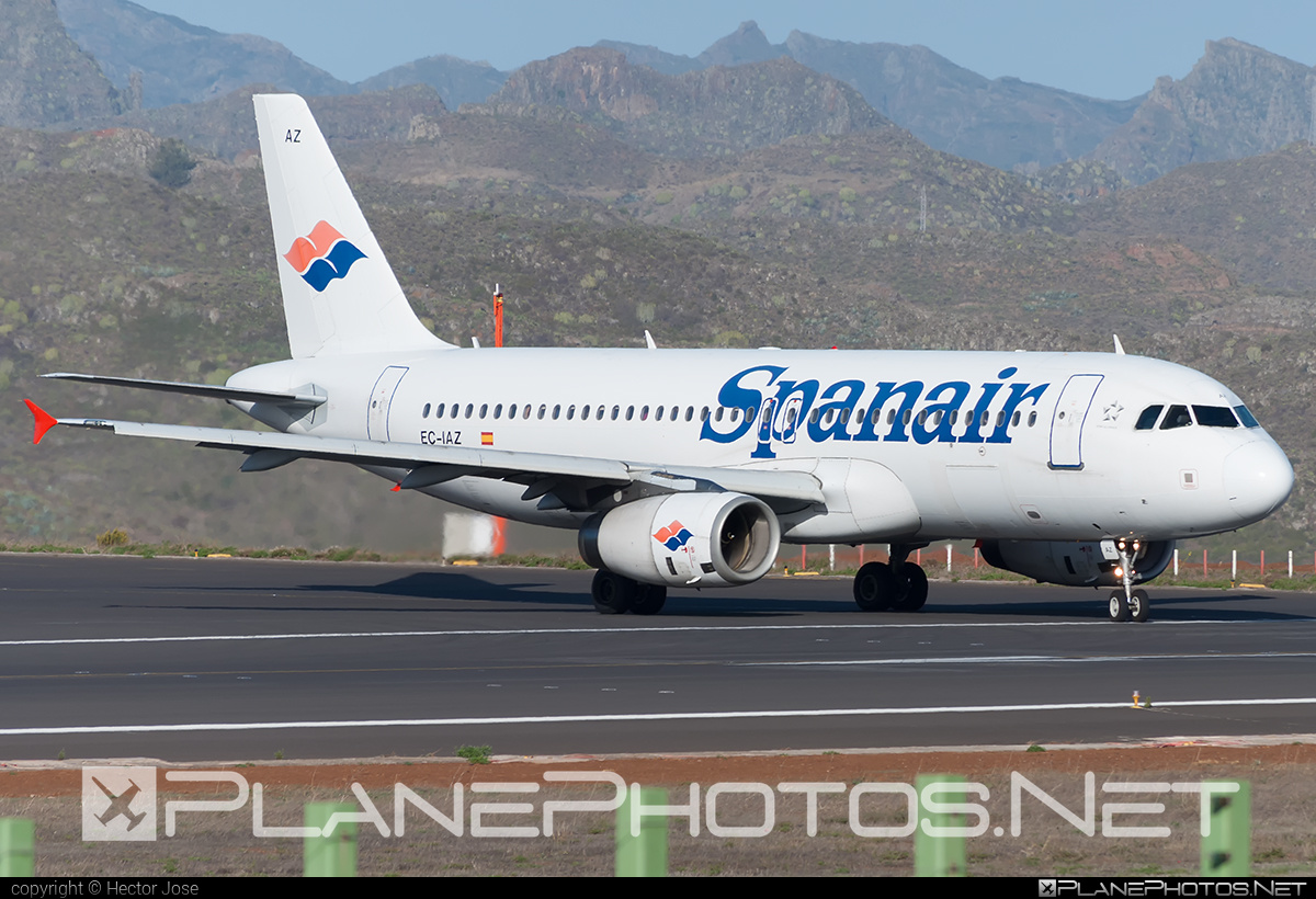 Airbus A320-232 - EC-IAZ operated by Spanair #a320 #a320family #airbus #airbus320