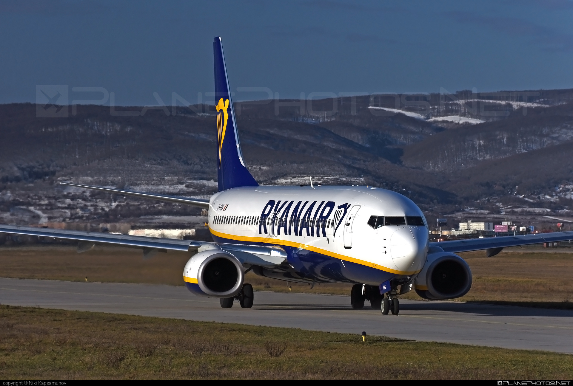 Ryanair Boeing 737-800 - EI-FRG #b737 #b737nextgen #b737ng #boeing #ryanair