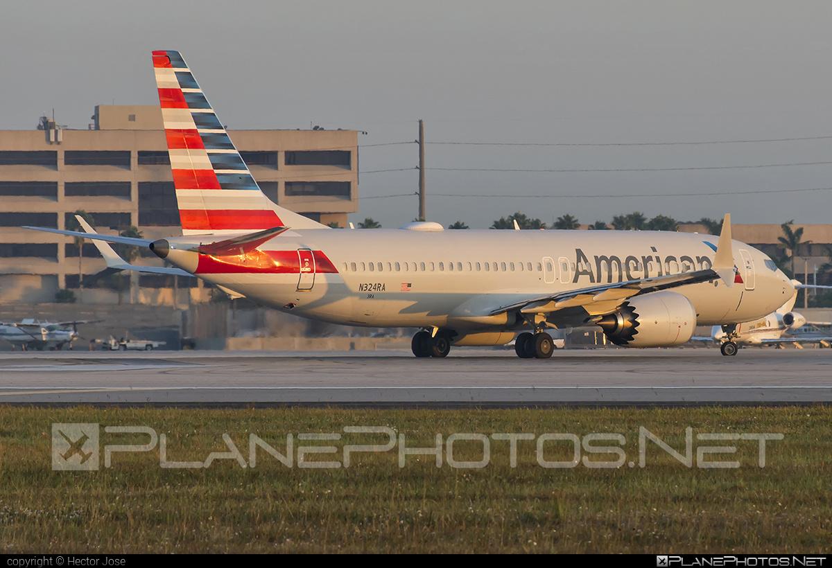 American Airlines Boeing 737-8 MAX - N324RA #americanairlines #b737 #b737max #boeing #boeing737