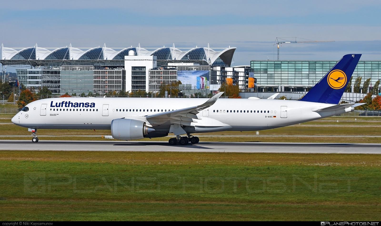 Airbus A350-941 - D-AIXC operated by Lufthansa #a350 #a350family #airbus #airbus350 #lufthansa #xwb