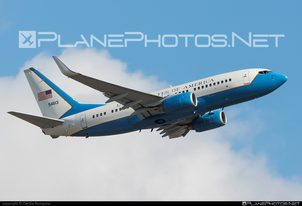Boeing C-40C - 05-4613 operated by US Air Force (USAF) #boeing #usaf #usairforce