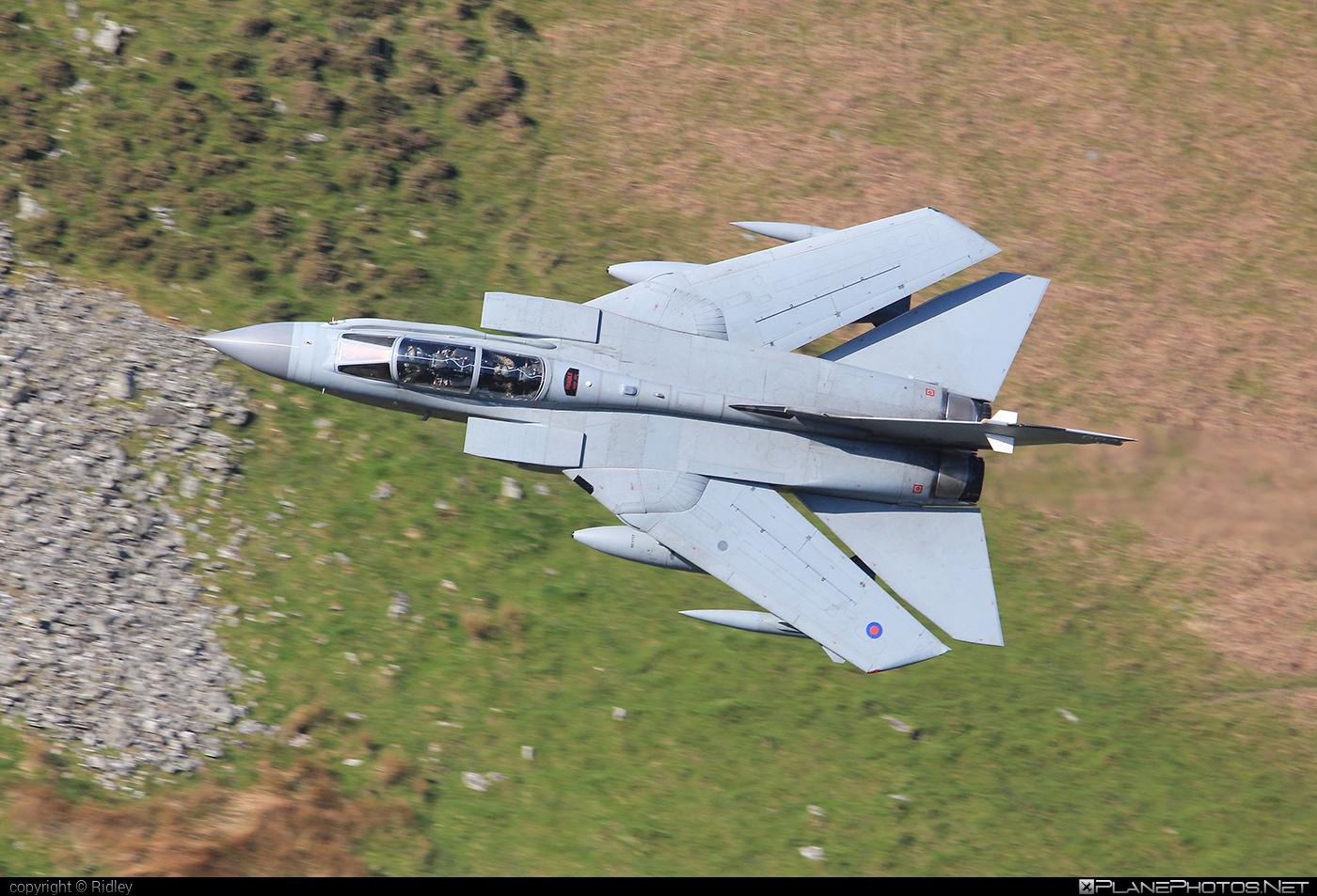 Panavia Tornado GR.4 - ZA369 operated by Royal Air Force (RAF) #machloop #panavia #panaviatornado #raf #royalairforce #tornadogr4