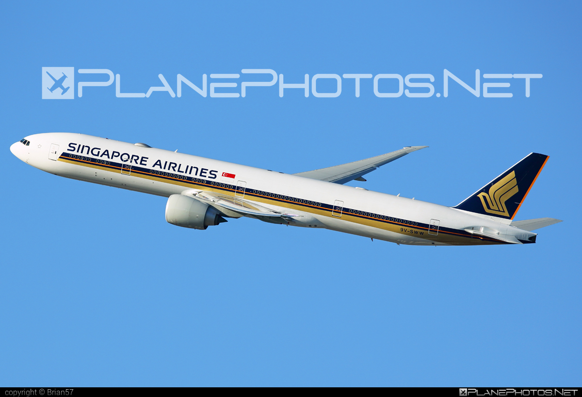 Boeing 777-300ER - 9V-SWW operated by Singapore Airlines #b777 #b777er #boeing #boeing777 #singaporeairlines #tripleseven