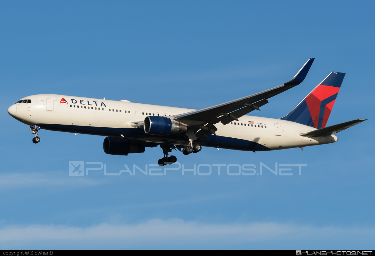Boeing 767-300ER - N177DN operated by Delta Air Lines #b767 #b767er #boeing #boeing767 #deltaairlines