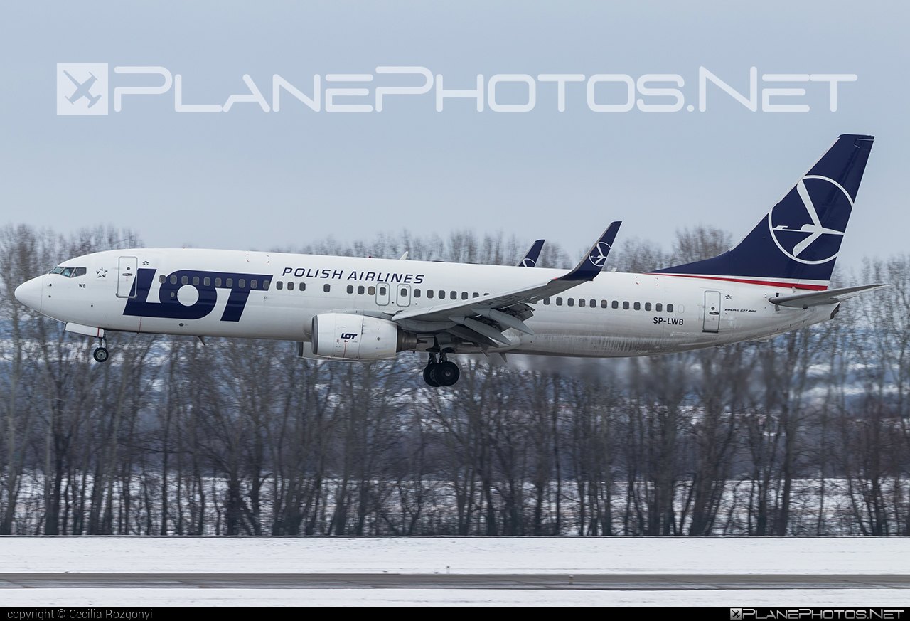 Boeing 737-800 - SP-LWB operated by LOT Polish Airlines #b737 #b737nextgen #b737ng #boeing #boeing737 #lot #lotpolishairlines