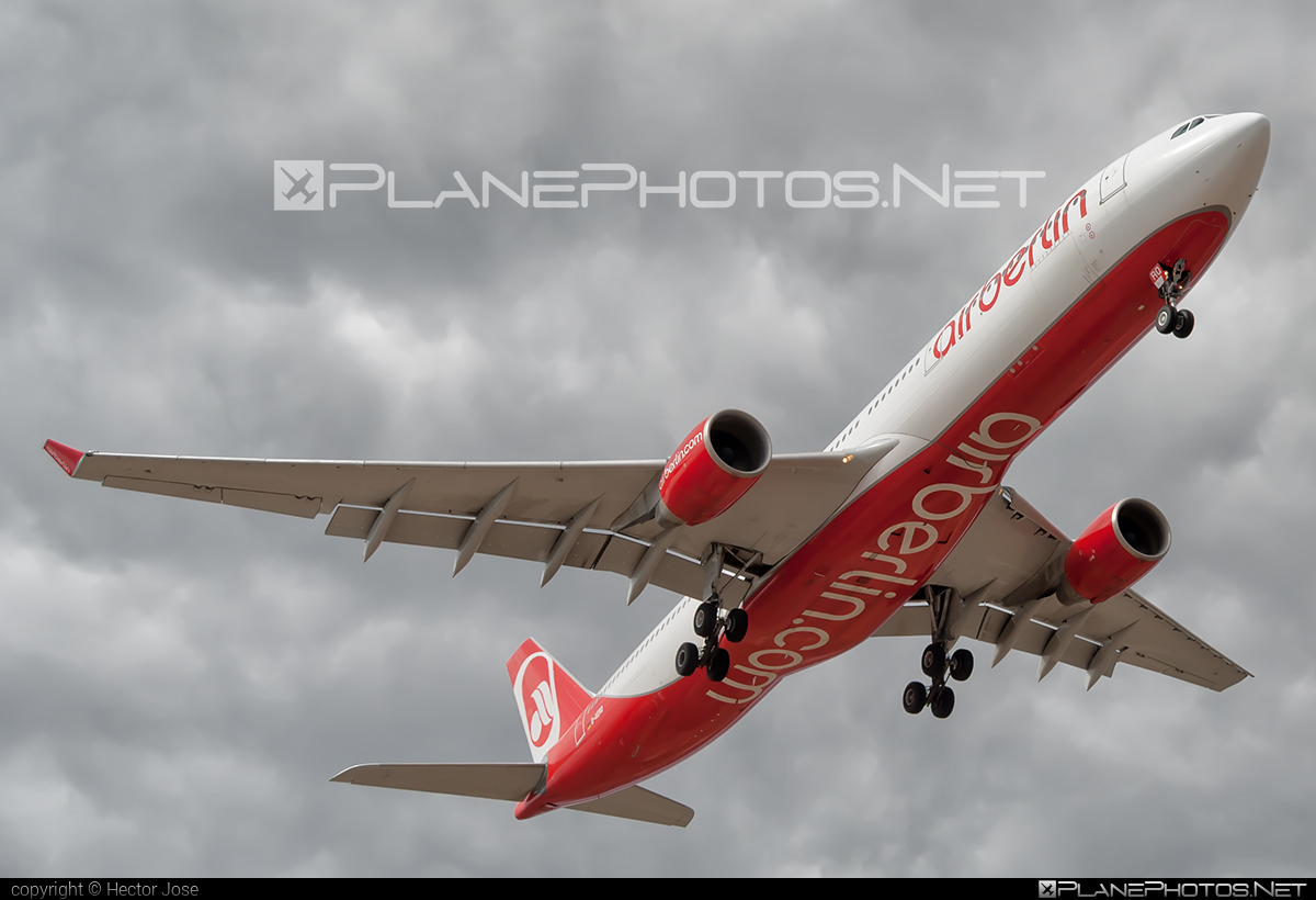 Airbus A330-322 - D-AERQ operated by Air Berlin #a330 #a330family #airberlin #airbus #airbus330