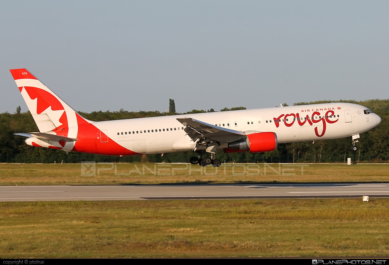 Air Canada Rouge Boeing 767-300ER - C-GHLA #aircanadarouge #b767 #b767er #boeing #boeing767
