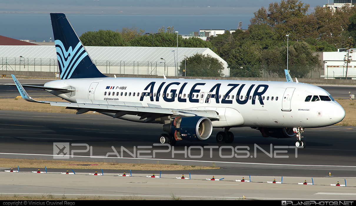 Airbus A320-214 - F-HBIX operated by Aigle Azur #a320 #a320family #airbus #airbus320