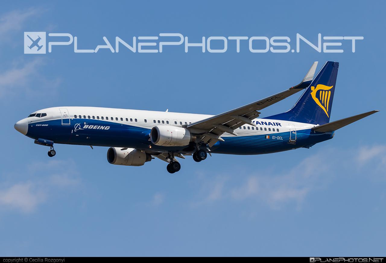Boeing 737-800 - EI-DCL operated by Ryanair #b737 #b737nextgen #b737ng #boeing #boeing737 #ryanair