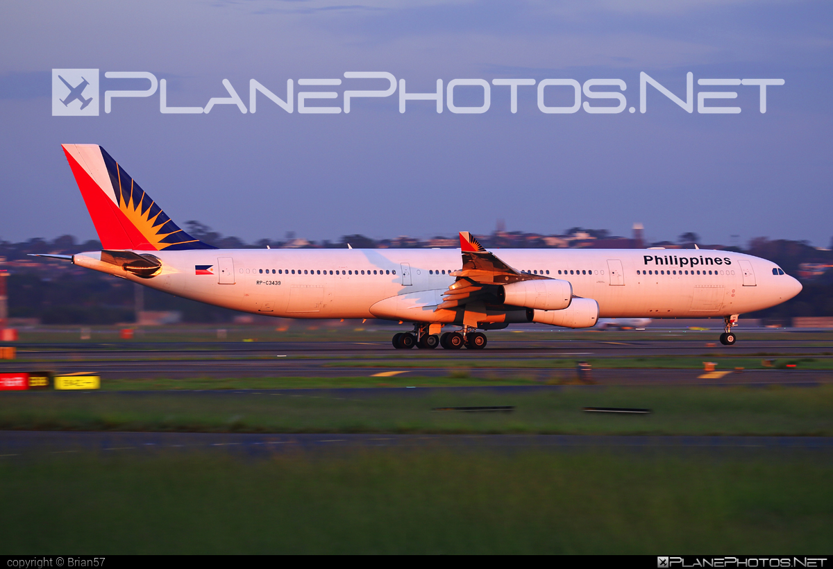 Airbus A340-313 - RP-C3439 operated by Philippine Airlines #a340 #a340family #airbus #airbus340 #philippineairlines