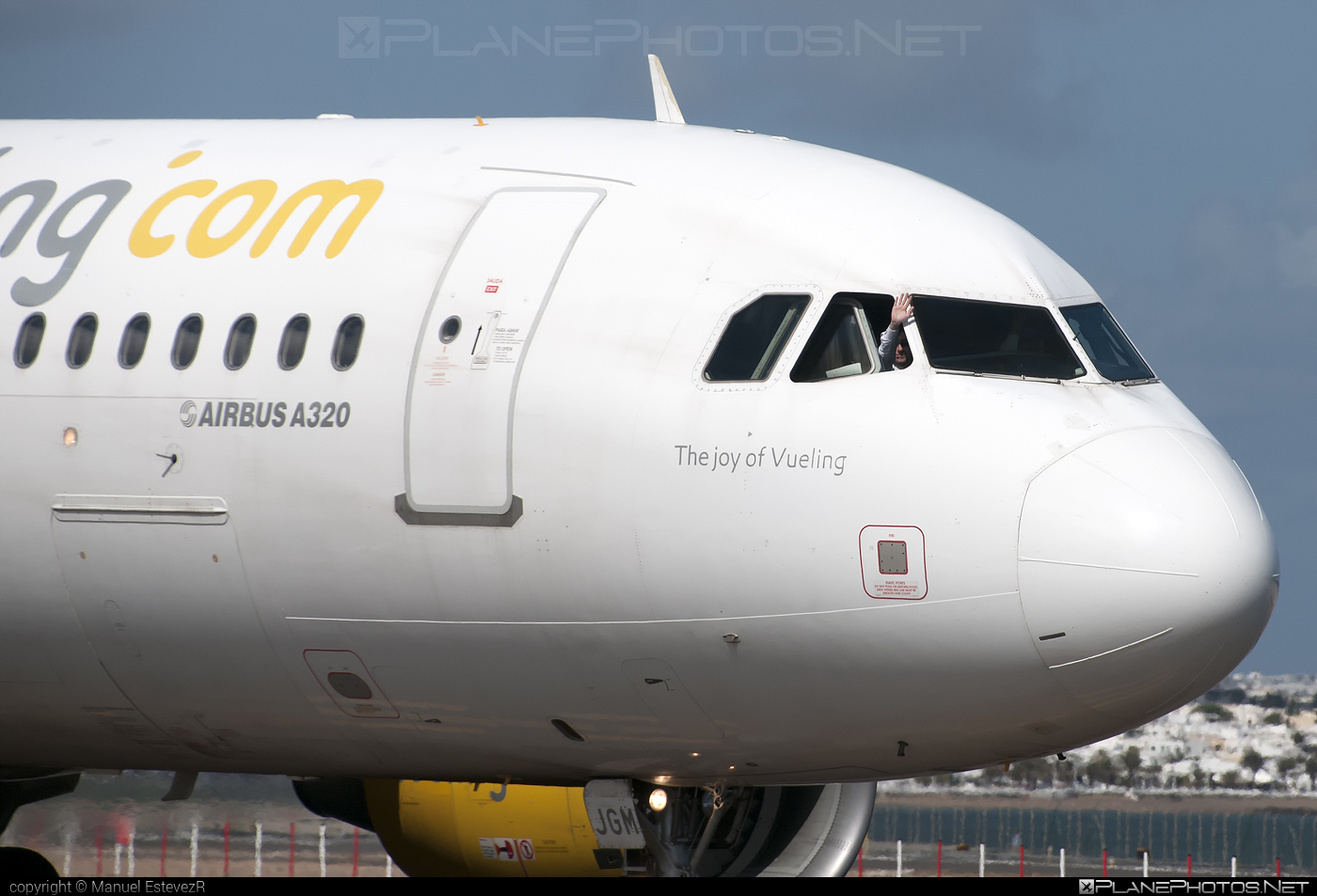 Airbus A320-214 - EC-JGM operated by Vueling Airlines #a320 #a320family #airbus #airbus320 #vueling #vuelingairlines